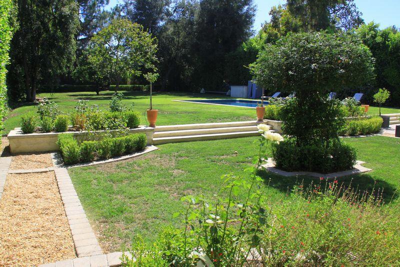 Private estate wedding venues encino