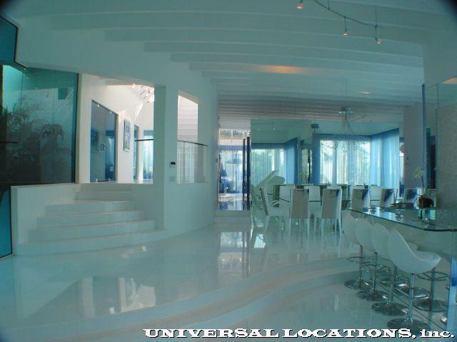 modern private malibu estate wedding
